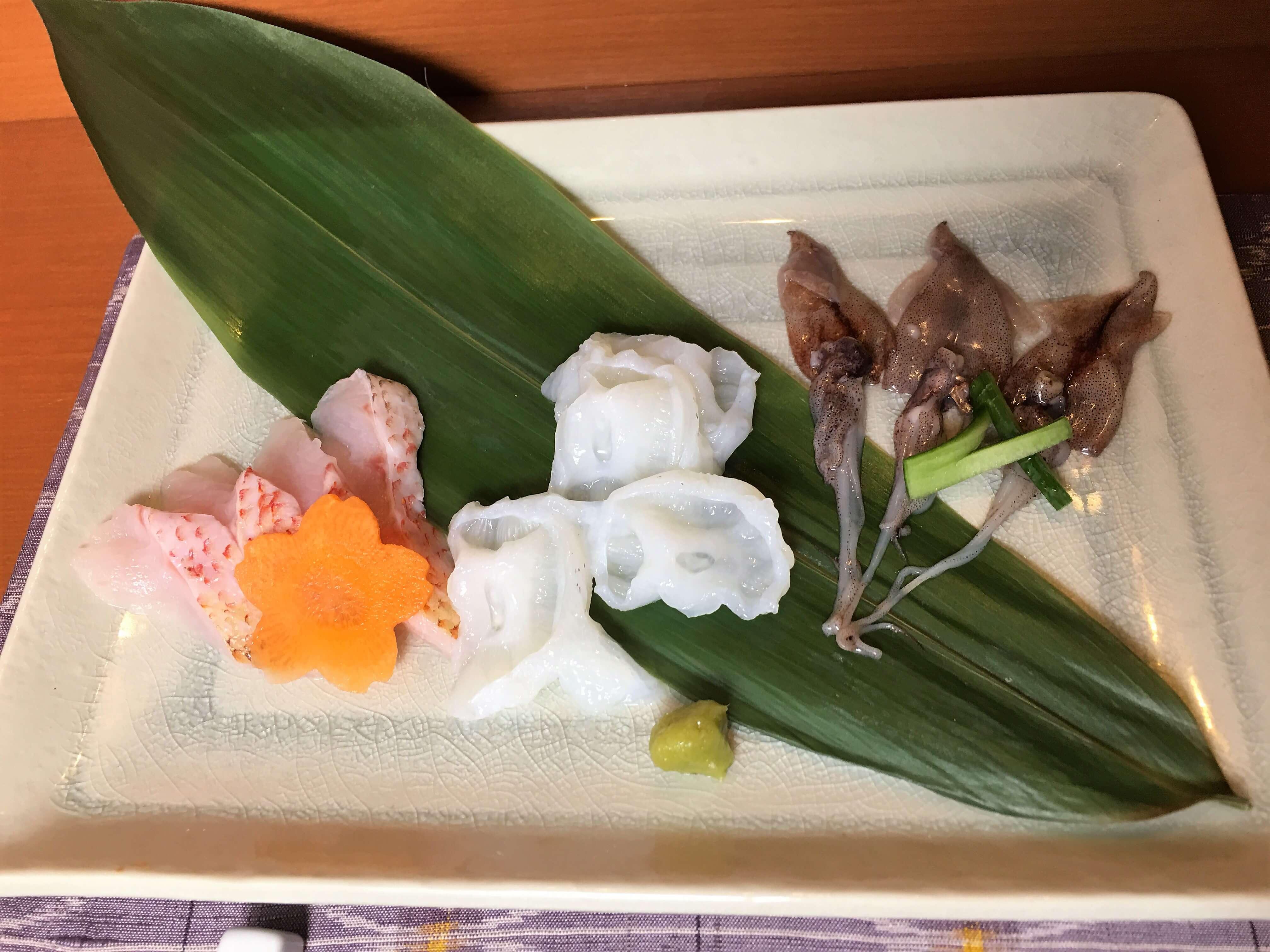 『つむぎ家』新鮮魚介の石焼きセット